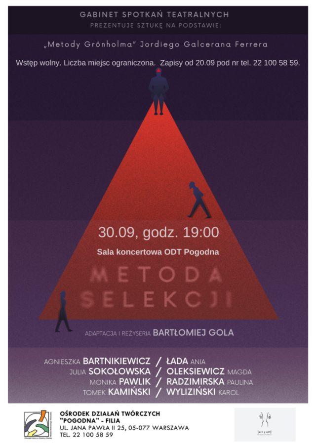 Fioletowy plakat z czerwonym trójkątem i informacjami o spektaklu.